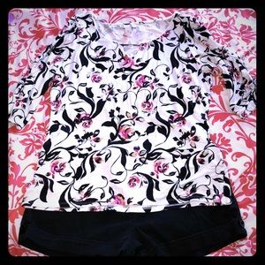 Beautiful white and black house top size XL